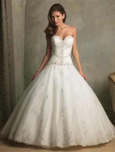 اكبر تشكيلة فساتين اعراس ، فساتين اعراس wedding dresses new_1451817259_180.j