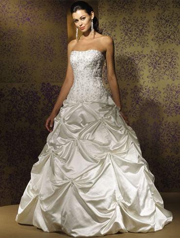 اكبر تشكيلة فساتين اعراس ، فساتين اعراس wedding dresses new_1451817259_535.j