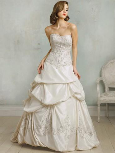 اكبر تشكيلة فساتين اعراس ، فساتين اعراس wedding dresses new_1451817259_605.j