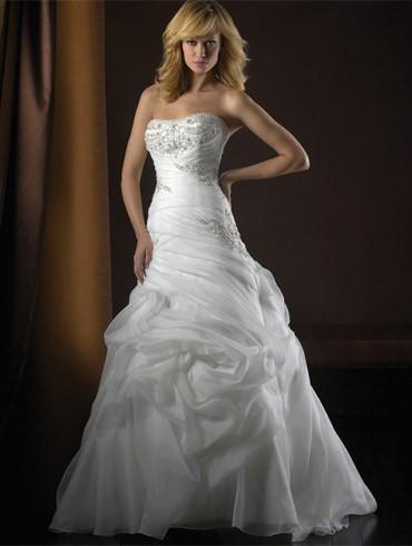 اكبر تشكيلة فساتين اعراس ، فساتين اعراس wedding dresses new_1451817259_840.j