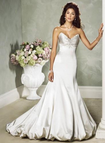 فساتين زفاف بيضاء ،فساتين زفاف روعة ،wedding dresses2017 new_1451934158_619.j